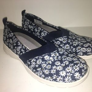 Lands End Deep Sea Daisy Flowers Comfort Step Blue